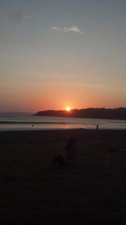 Beach Break Surf Camp and Hotel Playa Venao : lovely sunset at Beach break Hotel