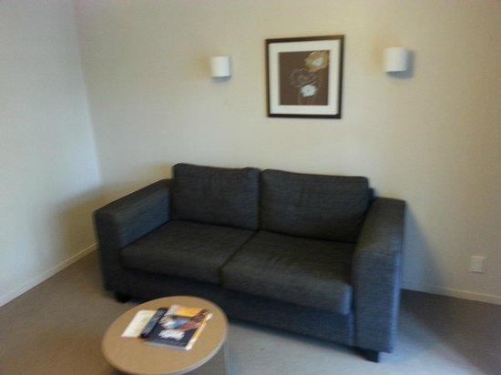 Lake Rotorua Hotel : Lounge