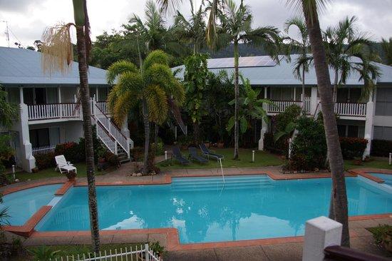 Best Western Mango House Resort : Garden and pool
