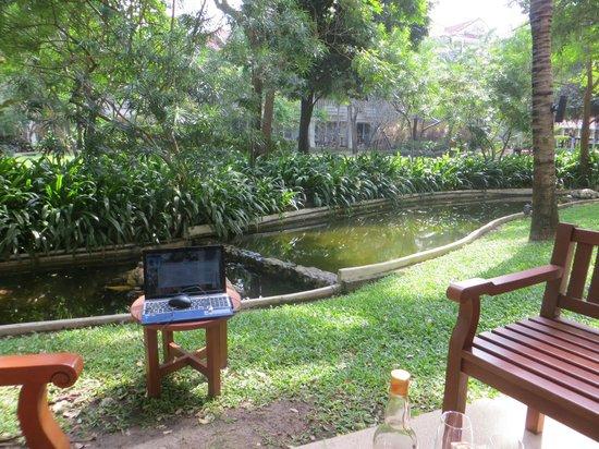 Wora Bura Resort & Spa : Вид из номера