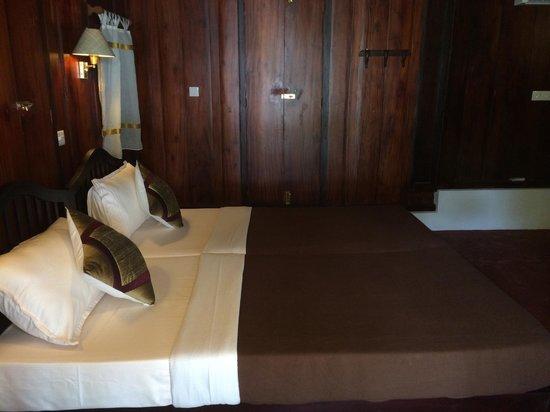 Emerald Isle - The Heritage Villa : Historic Room