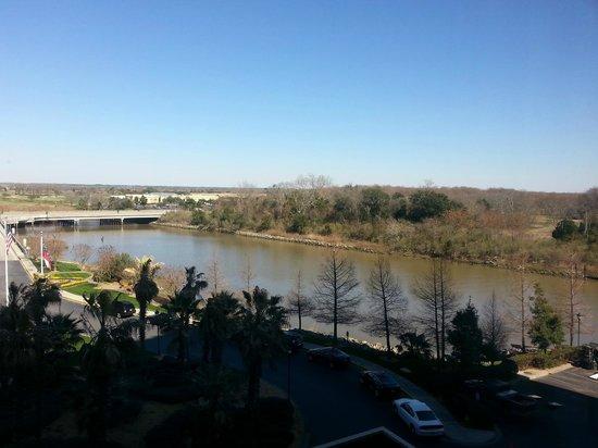 Westin Savannah Harbor Golf Resort & Spa: room view golf course side