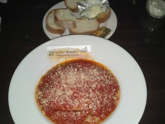 Piazza Sorrento : Gluten Free Lasagna with G.F. bread, all labeled!