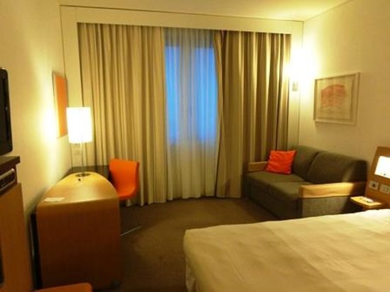 Hotel Novotel Salerno Est Arechi: 窓側