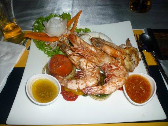 The Pe La Resort: Barbecued tiger prawns