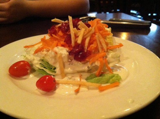 Old Stone Steakhouse Limited: Lettuce wedge salas
