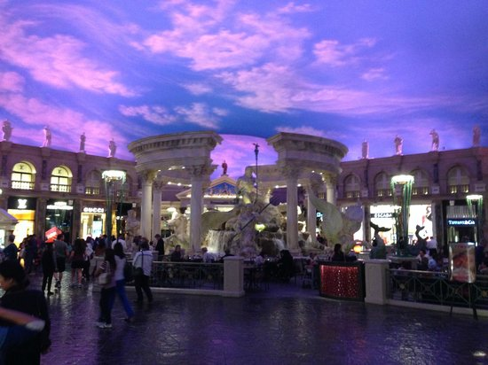 Caesars Palace : shopping area