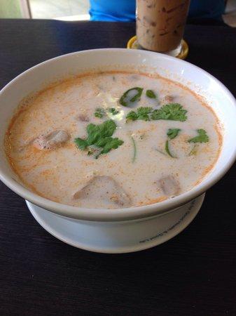 Black Canyon Coffee: Tom kha soup