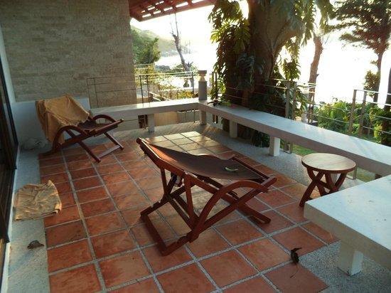 Baan Krating Phuket Resort : терраса номера