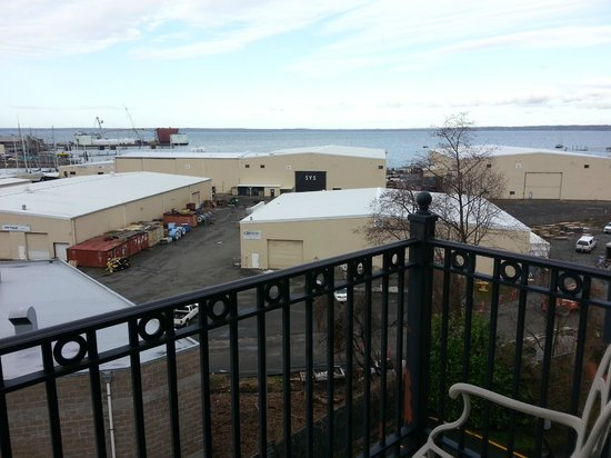 Fairhaven Village Inn : View from room 303 - bayside