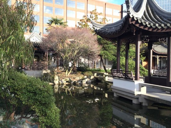 Lan Su Chinese Garden: An insignificant high-rise
