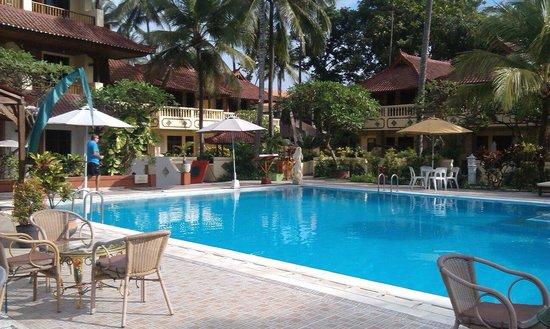 Bali Palms Resort : February