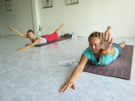 Suai Thai Massage Center: Thai Yoga Rusie Dutton in Phuket  2
