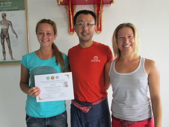 Suai Thai Massage Center: Thai massage certificate in Phuket