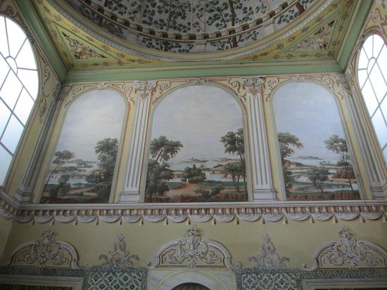 Topkapi Palace: Inside the Harem: Apartment of the Queen Mother
