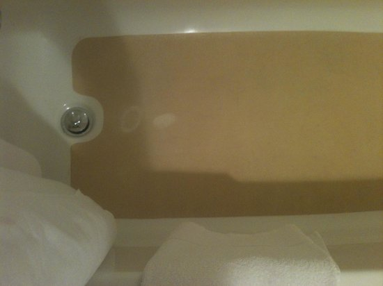 Stains on tub mat