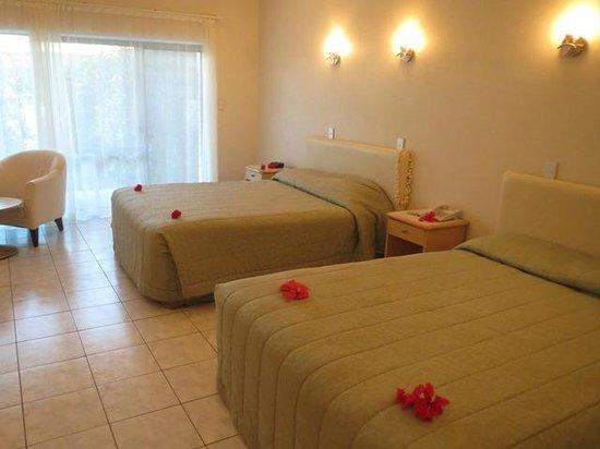 Muri Beach Club Hotel: シンプルなお部屋