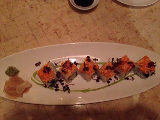 Alan Wong's Amasia: California Roll with King Crab
