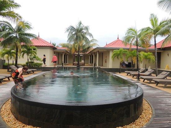 Tamassa Resort: Pool at the spa- 1 of the 4