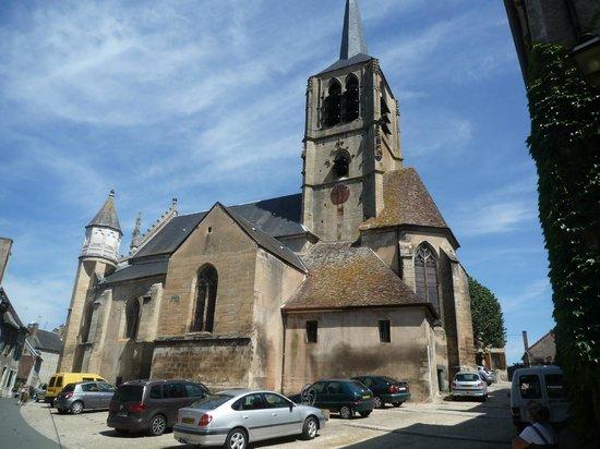 Le Domaine de Panneciere : L'église de Montigny en Morvan