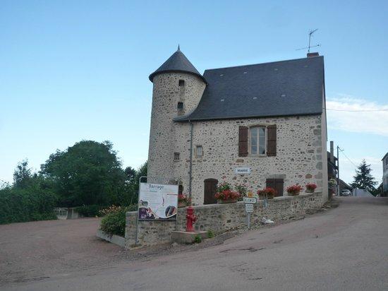 Le Domaine de Panneciere : Ancienne demeure de Montigny en Morvan