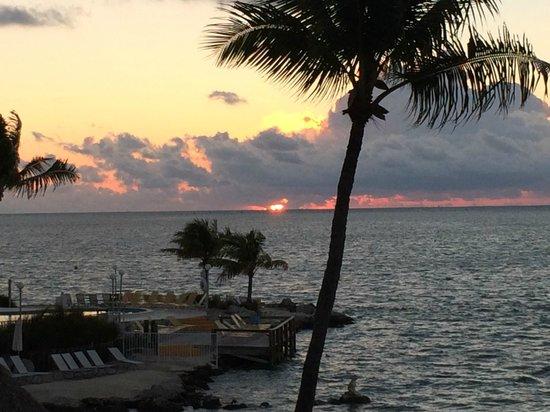 Postcard Inn Beach Resort & Marina at Holiday Isle : Sunrise