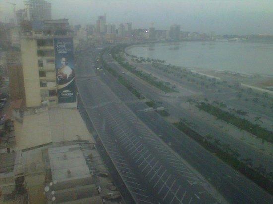 Hotel Presidente Luanda: View from the Bar