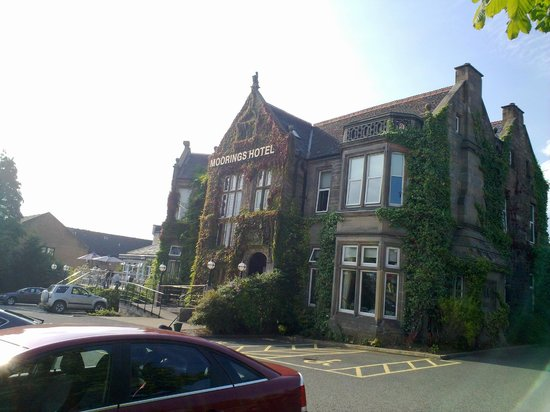 BEST WESTERN Motherwell Centre Moorings Hotel : view from parking