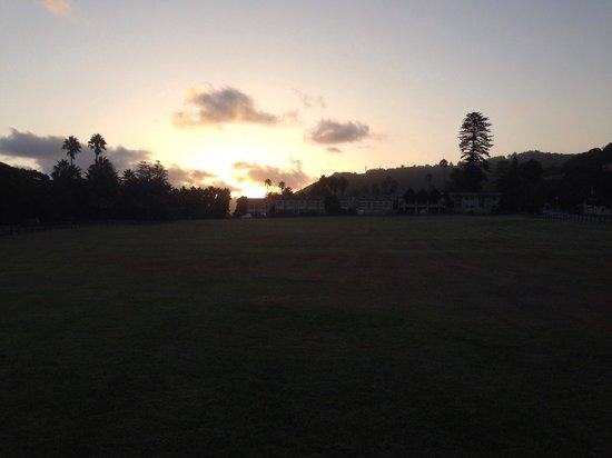 بالمز ويلدرنيس ريتريت: Beautiful sunset