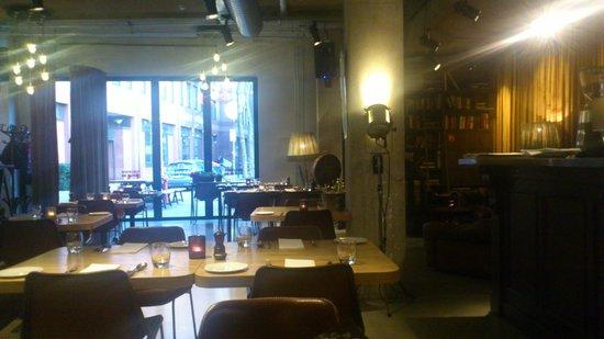 Hotel V Nesplein: Salle à manger