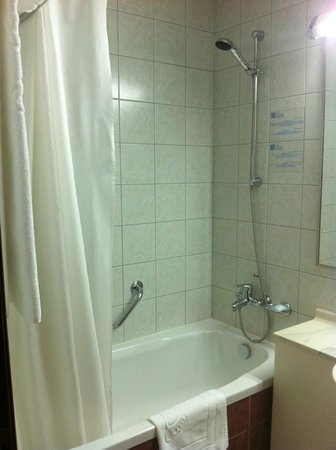 Hotel Volna: Ванная комната