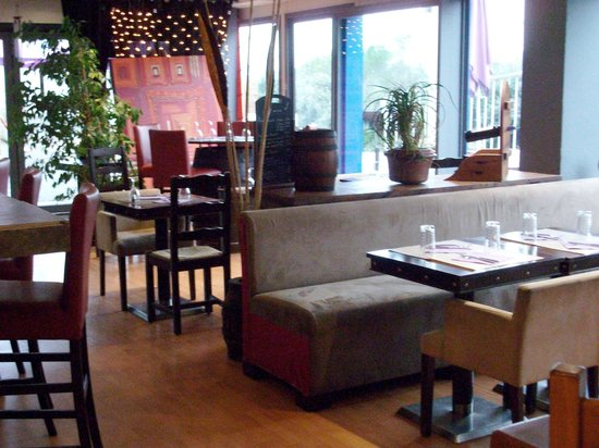 Salle picture of restaurant a la salle a manger le for Restaurant la salle a manger tunis