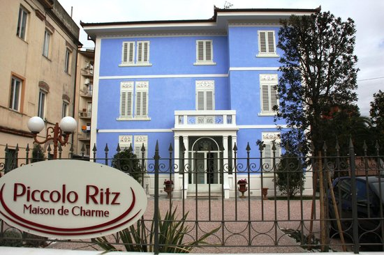 Lucca in Azzurro : Facciata
