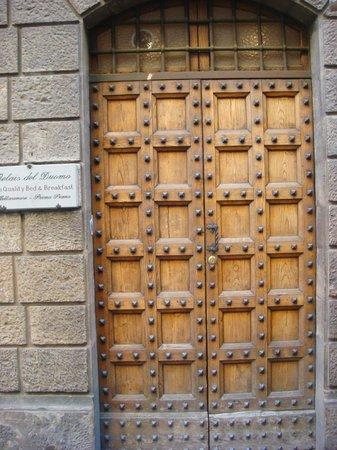 Relais del Duomo: Acceso principal