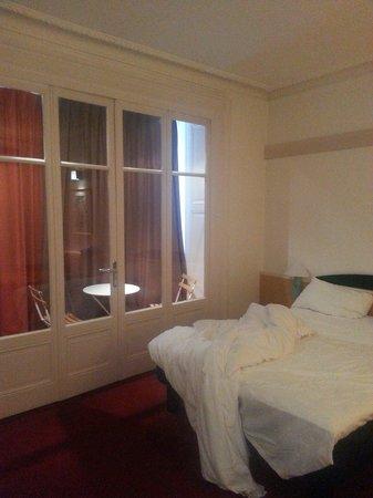 Ibis Lyon Centre Perrache: Chambre avec petite veranda de la suite