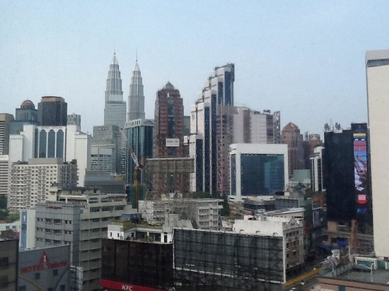 Capitol Hotel : KLCC & Bukit Bintang view