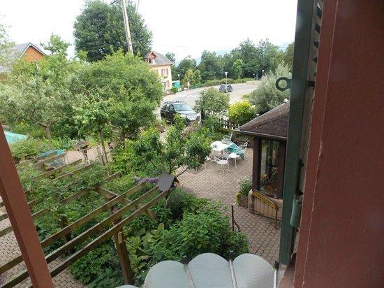 Villa Rosa : vue de la chambre marie rose