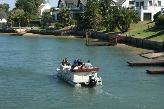 Cape St Francis Resort: Canal cruises