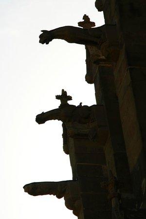 Église Saint-Nazaire : Gargoyles