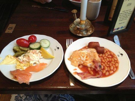 Thon Hotel Bristol Bergen : Завтрак в ресторане Egon