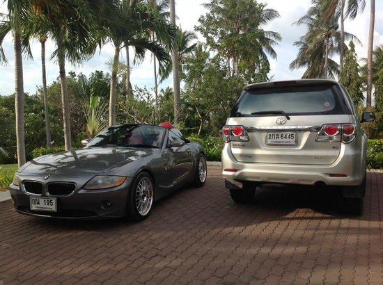 Baan Sawan Villa : Secure private parking