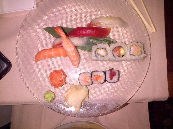 Hana Restaurant : misto sushi