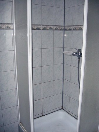 Gosztola Gyongye Wellness Hotel: Shower