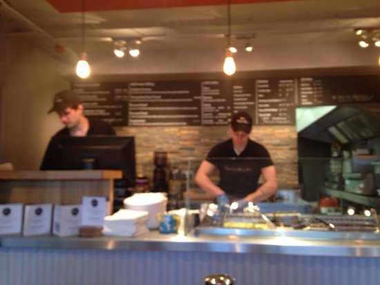 Paparrito's : Clean and efficient. Fantastic healthy food.