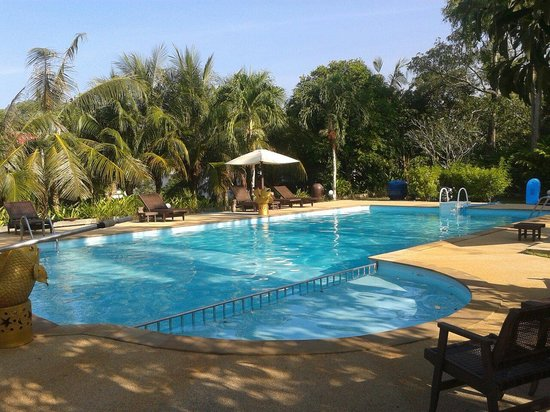 Naiharn Garden Resort & Spa: Fantastic Poolarea