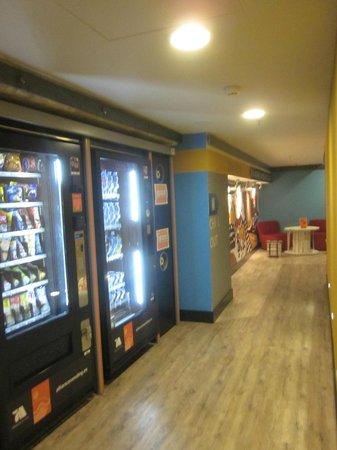Generator Hostel Barcelona: emergency vending machines for those 4am cravings lol