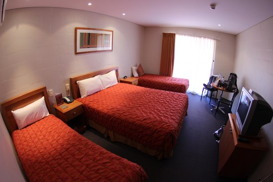 Outback Pioneer Hotel & Lodge, Ayers Rock Resort : 4-Bett Zimmer