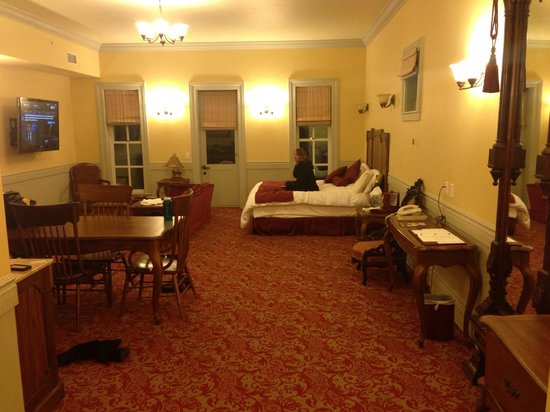The Windsor Hotel: The Master Suite!