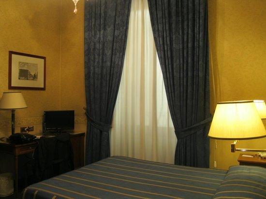 Strozzi Palace Hotel: La habitación doble