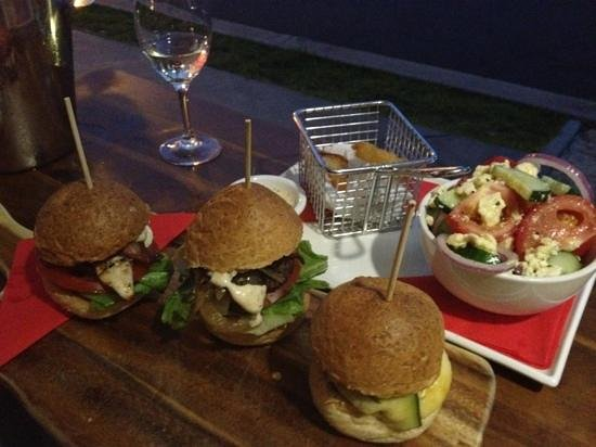 Burger Lounge: OMG!! best burgers in QLD